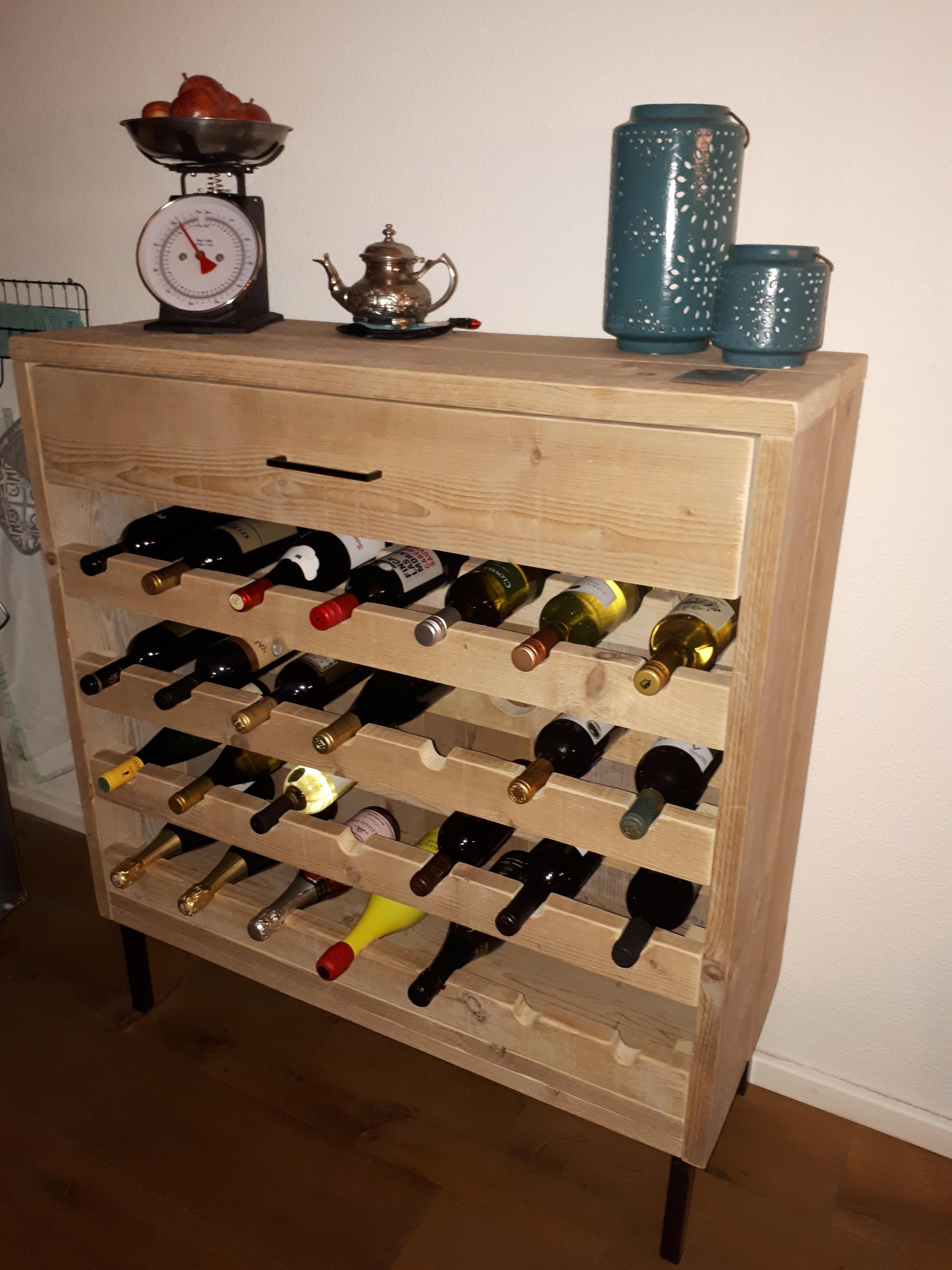 Wijnkast gebruikt steighout Rian 2